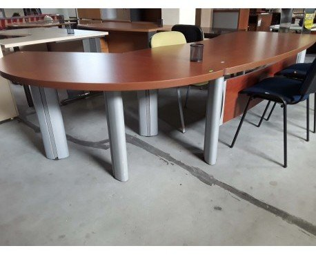 Mobiliario Comercial. Muebles para Oficinas. Mesa de oficina con ala curva reversible