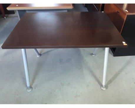 Mesa escritorio. Color wengue