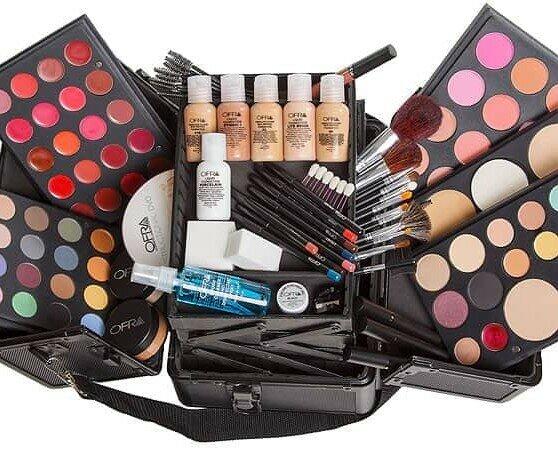 Maquillaje.Ofrecemos una amplia variedad de maquillaje