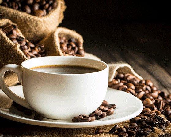 Taza de café. Puro sabor y aroma italiano. Euskovazza amantes del café