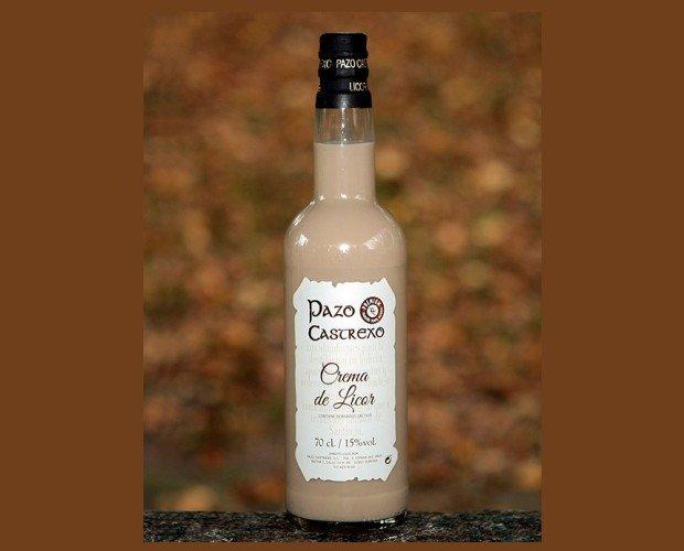 Crema de licor. Su delicado aroma y suavidad en el paladar es resultado de la combinación de la buena destilación del orujo con una buena crema de leche según...