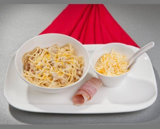 Espagueti a la carbonara. Delicias culinarias