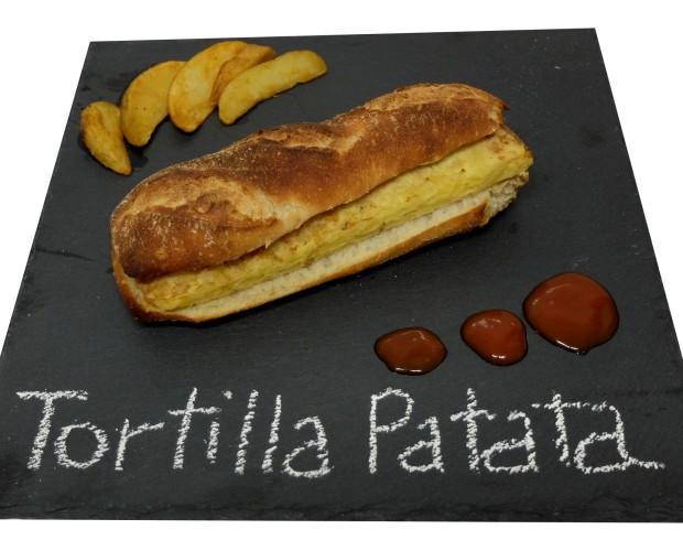 Tortilla de Patata. Bocadillo de tortilla de patata