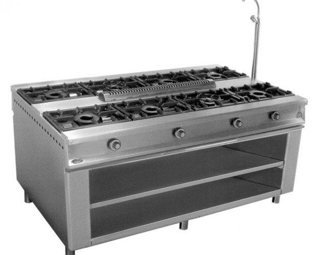 Cocina de Gas Industrial. 8 hornillas