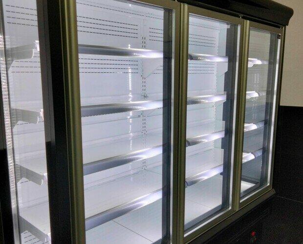 Armario expositor refrigerado. Armarios expositores refrigerados de 1 a 4 puertas.o cortina. Desde 60cm a 250cm