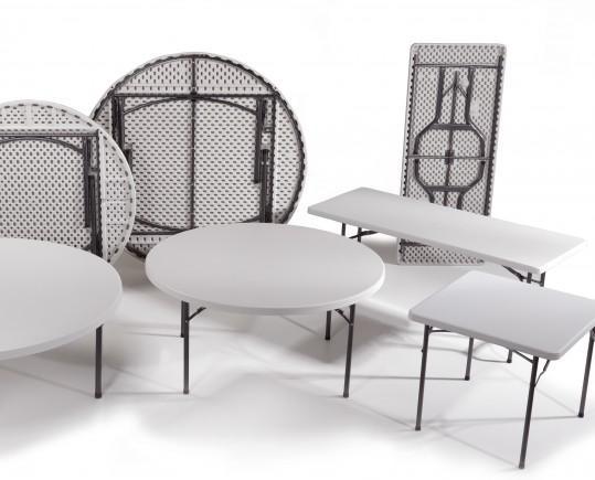 Muebles para Restaurantes.Amplia selección de mesas plegables, redondas, cuadradas, rectangulares y tipo maleta.