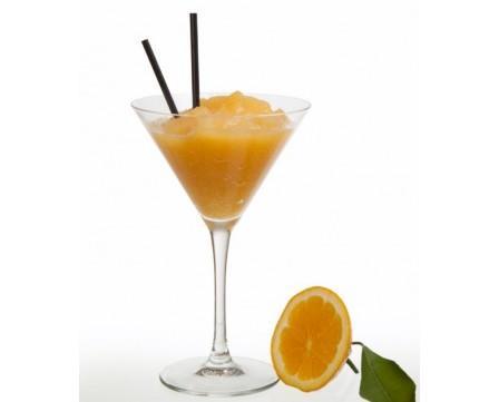Granizado de naranja. Bebida refrescante