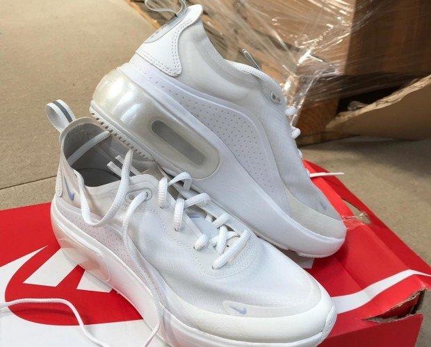Calzado de Hombre. Zapatillas Deportivas Clásicas de Hombre. Marca Nike