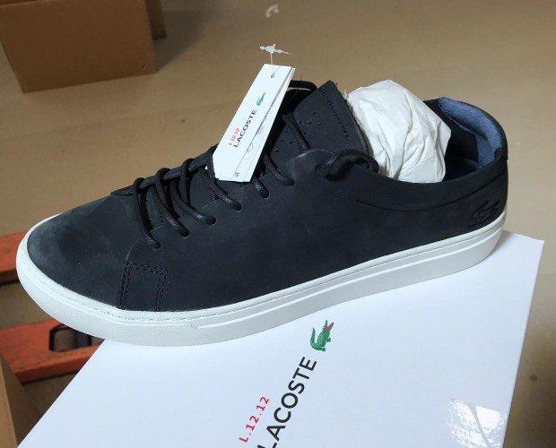 Zapatillas Lacoste. Zapatillas negras de hombre