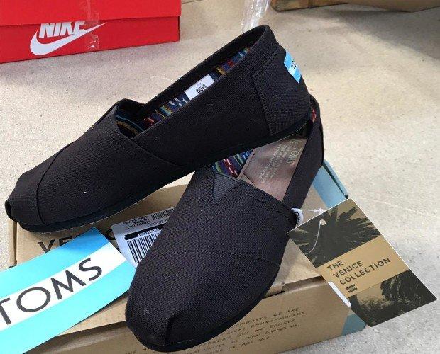 Zapatillas Toms. Zapatillas casuales de mujer Toms