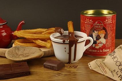 Chocolate a la taza. Chocolate en polvo para hacer chocolate espeso