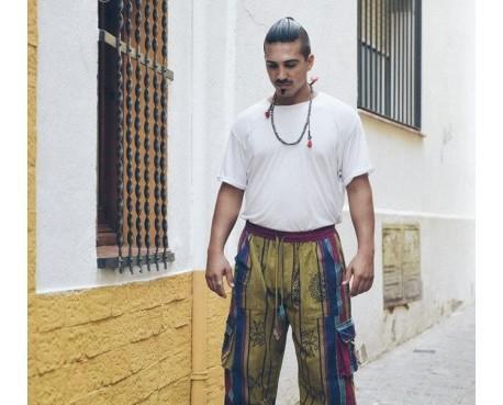 Pantalon tricolor polar. Pantalón estampado