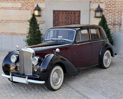 Agencias de Espectáculos.Alquiler de coches vintage y coches clásicos para la organización de bodas y eventos en Madrid