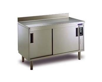 NOTA_1180979863_portinox_mesacalientejp. Mesas calientes y otro mobiliario de acero