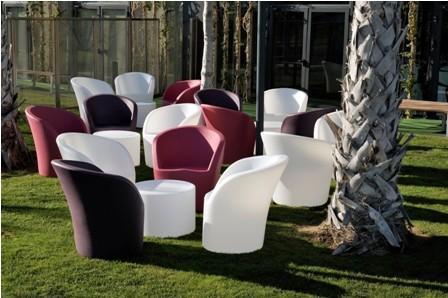 Im genes de acanto mobiliario for Proveedores de mobiliario de oficina