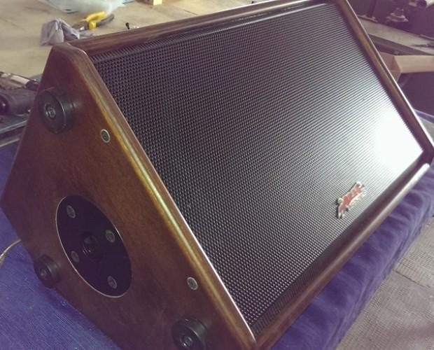 Cajas acústicas. Alh 110 personalizada color madera