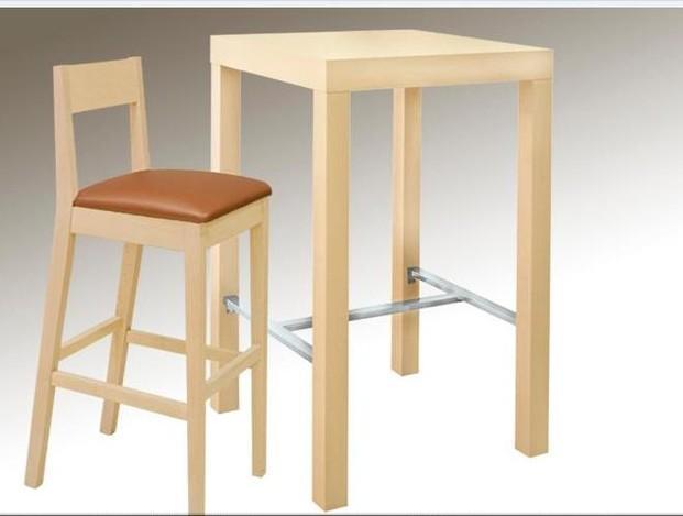 Mobiliario de Hostelería. Mesas, taburetes y barras de bar