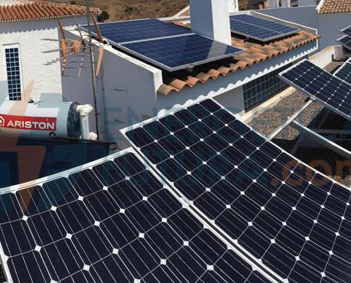 Paneles Solares. Instalación de autoconsumo solar fotovoltaico