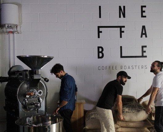 Ineffable Coffee Team. Café de especialidad, fresco de temporada y recién tostado. Trato cercano y transparencia.