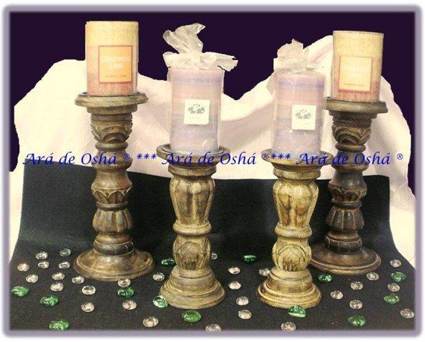 Candelabros de la India. Estos candelabros permiten colocar la vela con seguridad, sobre un platillo de metal.