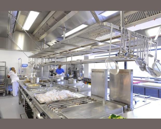 Mesas industriales. Mesas calientes de hostelería