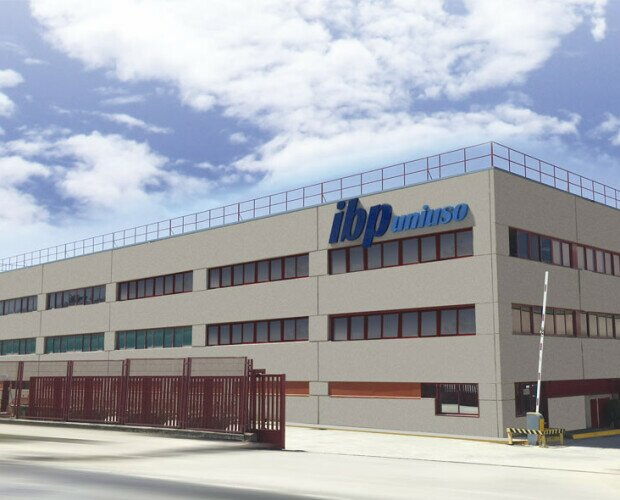 IBP Uniuso Fachada. Fachada de nuestro almacén y oficinas en San Agustín del Guadalix, Madrid.