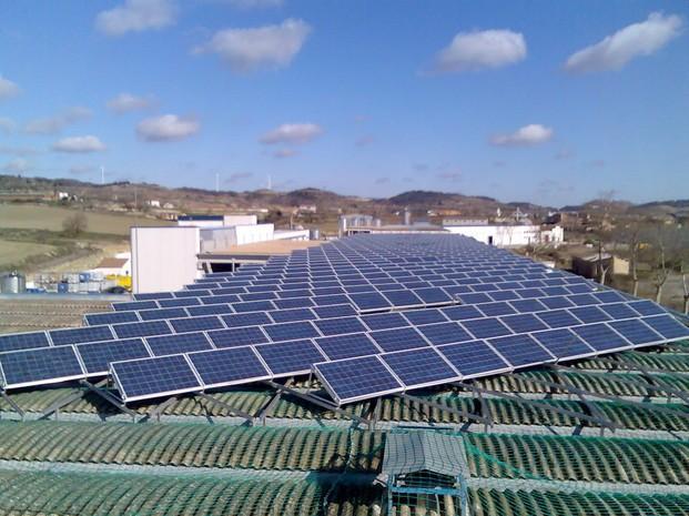 Instaladores de Sistemas de Energía Renovable.Instalación y mantenimineto de placas fotovoltaicas.