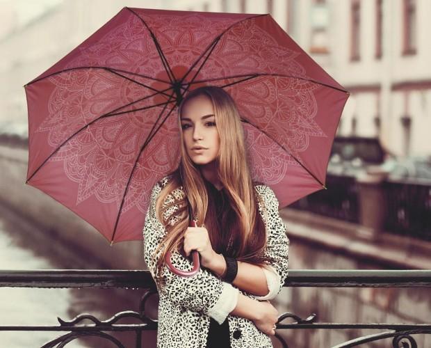 Cacharel señora slide. Hermoso paraguas