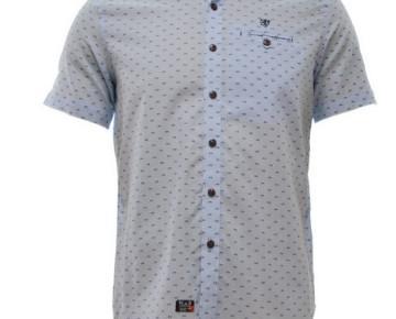 Camisa azul claro. Camisa tejida, 100% algodón