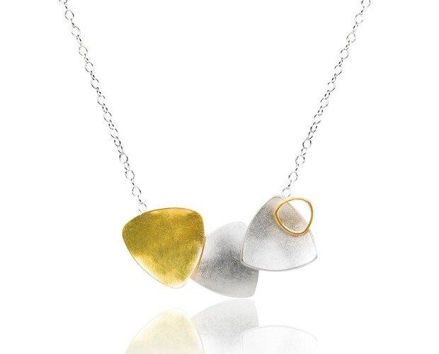 Joyas.Collar de oro Fairmined y plata   Diseño y creación Juia Jewels