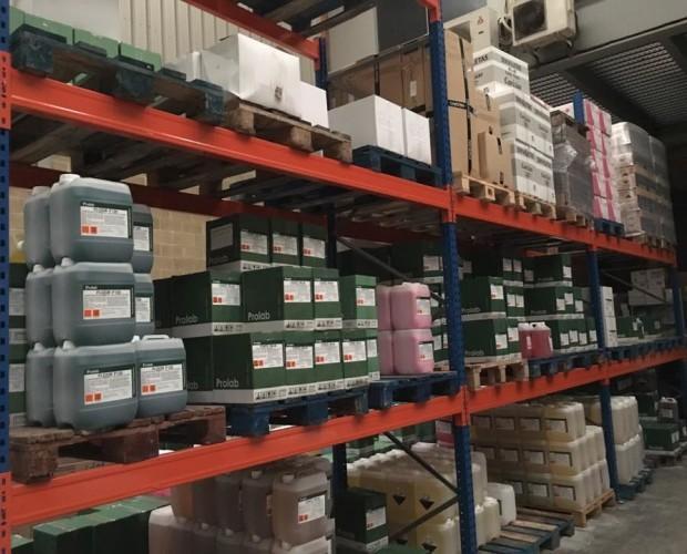 Almacenes. Distribuimos productos de calidad al mejor precio