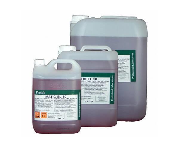 Lavavajillas para todo tipo de agua. Contiene detergentes que permiten eliminar la grasa y la suciedad de la vajilla de una manera eficaz