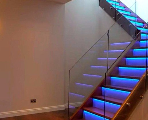 Instaladores de Escaleras.Escaleras de Cristal en Valencia.
