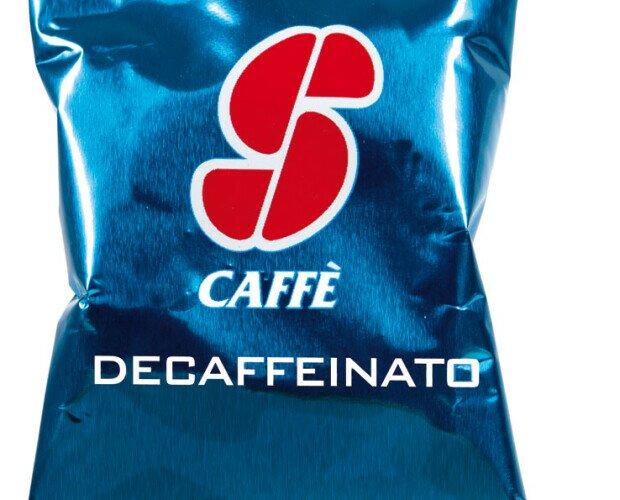 Esecafe Descafeinado. Mezcla de refinados cafés de calidad Arábica. Matiz afrutado y floral. Sin cafeína.