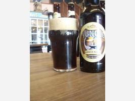 Cerveza negra El Yunque
