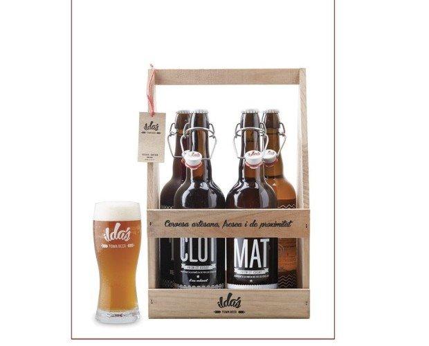 Pack madera 4 cervezas 75cl + 1 vaso. Se componen de 1 botella de cada una de las 4 cervezas ILDA'S.