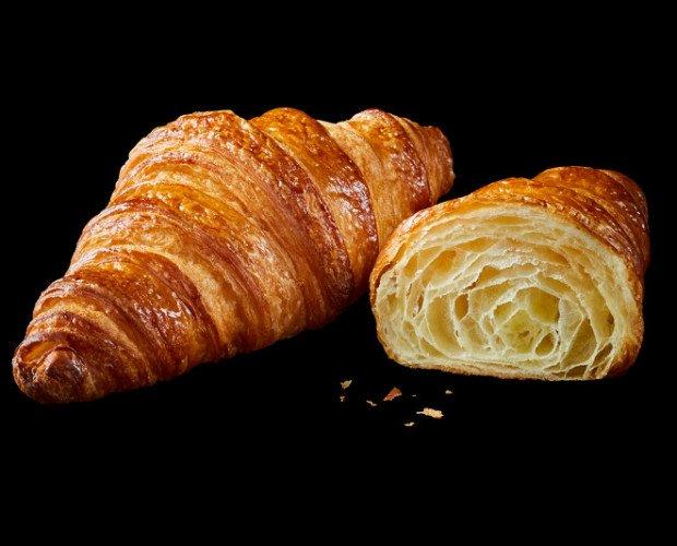 Croissant mantequilla charente Poitou. croissant con mantequilla charente poitou DOP panaderia mejor croissant del mundo