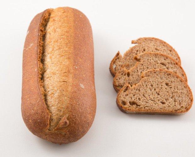 Pan integral 100% masa madre. pan integral 100% fermentacion masa madre