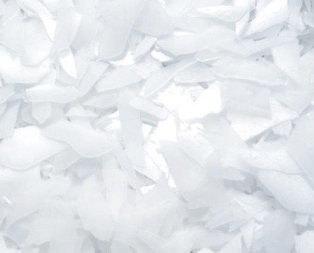 Hielo en escamas. Trozos de hielo de 2 a 3 mm de espesor, ideales para conservar y enfriar alimentos