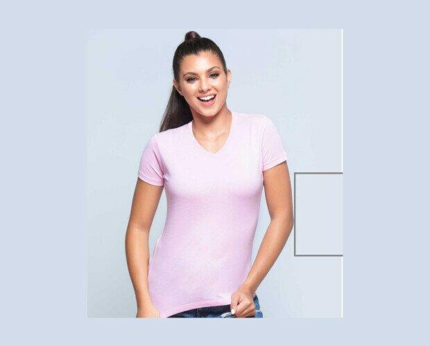 Camiseta Básica para Mujer. De manga corta y cuello de pico, 100% algodón