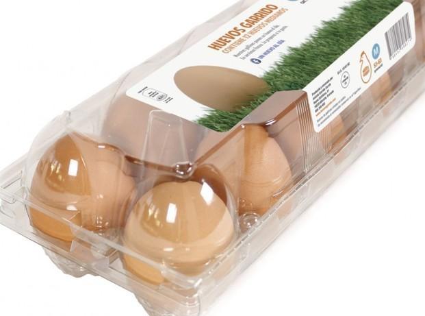 Huevos frescos. Pack de 12 huevos