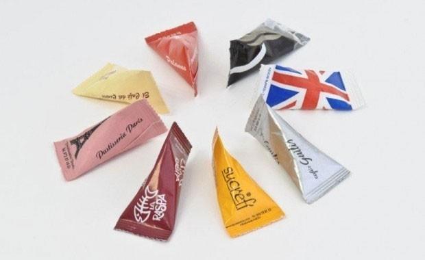 Azúcar piramidal. De 4 y 7 gramos, en cajas de 800 y 1200 ud.