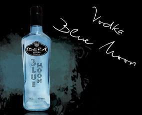 Blue moon. Vodka Premium . 70cl 40º