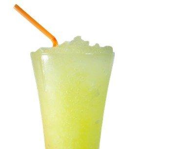 Granizados. Granizado de limón Sólo zumo de limón y ralladura