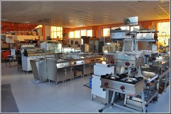 Maquinaria de hostelería. Horchateras, chocolateras, cocinas, etc.