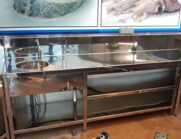 Mobiliario de acero inoxidable. Variedad y calidad