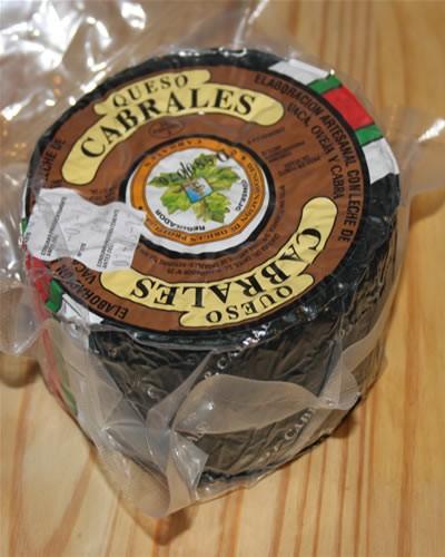 Queso de Cabra.Auténtico, en 700 gramos y 2.5 kg