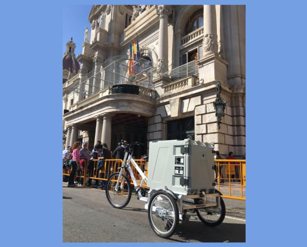 Triciclos. Triciclos Eléctricos de Carga. Triciclo eléctrico con contenedor isotérmico ATP en para reparto a temperatura controlada