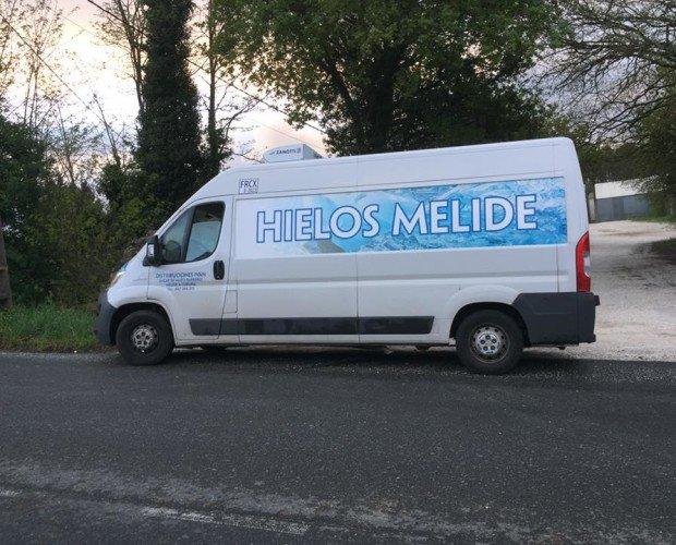 Transporte propio. Distribuimos en Galicia