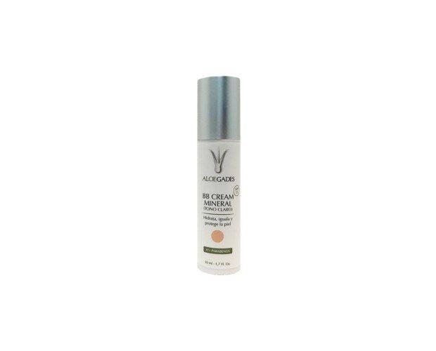 BB Cream Tono Claro. Tratamiento multifuncional de cobertura ligera con gran poder antioxidante